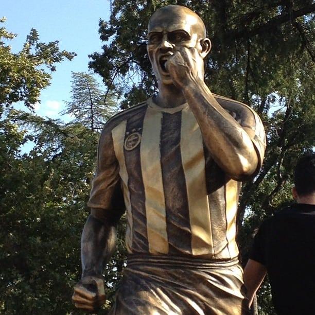 Estátua de Alex Souza em Istambul