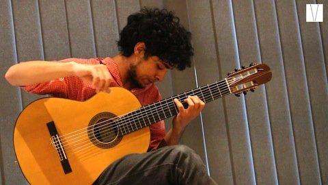 Violão de sete cordas de Vinicius Sarmento