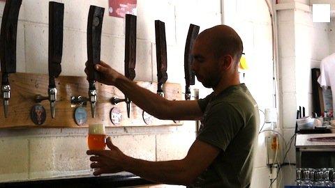 Tiago Falcone na Beavertown Brewery