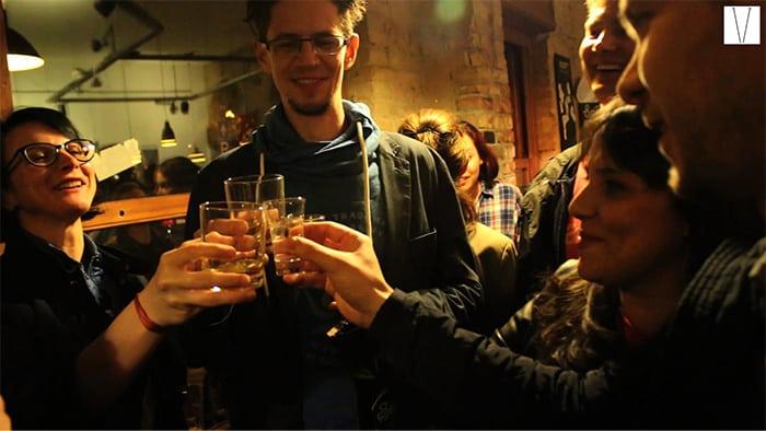 ruin bar na noite de budapeste