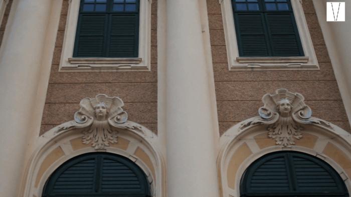 detalhe do castelo de schonbrunn em viena