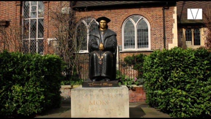 estatua de thomas moore