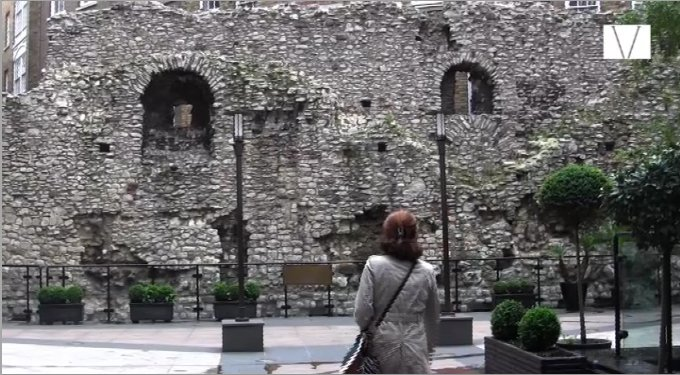 ruinas do muro romano em londres