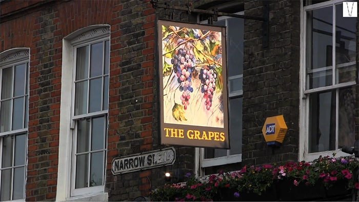 the grapes em waping