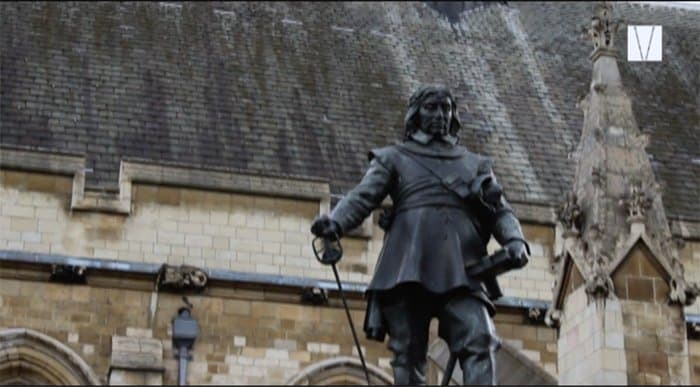 estátua de oliver cromwell