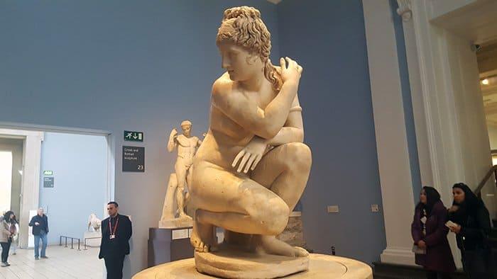 estátua de afrodite