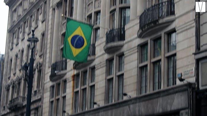 embaixada do brasil em londres