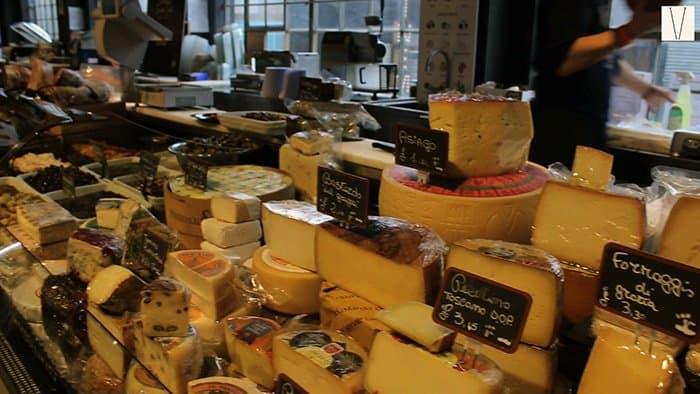 loja italiana no mercato metropolitano