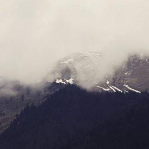 as nuvens e os alpes france
