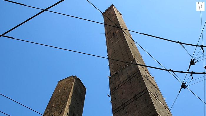 torres Garisenda e Asinelli