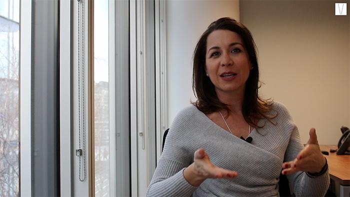Ana Freccia na sua tv online